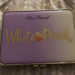 Too Faced: White Peach
